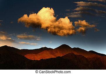 Landscape mountain view sunset on himalaya