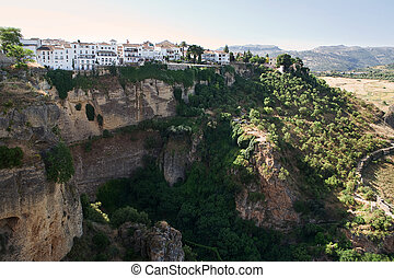 Ronda: tipical spanish village on the cliff