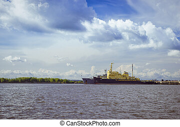 anchored ships in Kronstadt - Panoramic view from the...