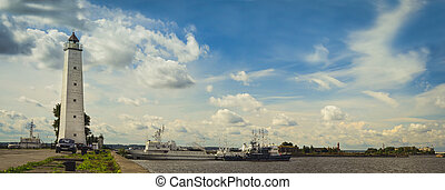Lighthouse in Kronstadt - Panoramic view from the promenade...