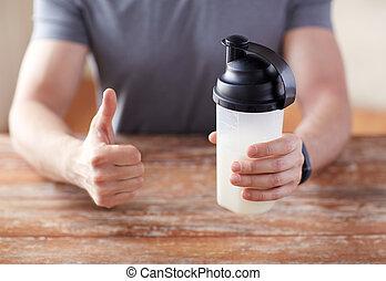 hombre, con, proteína, sacudida, botella,...