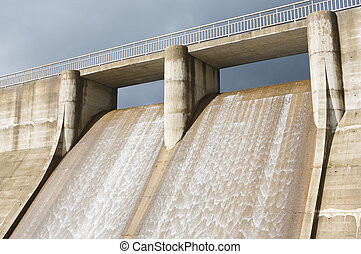 Dam water to generate energy - Photo of dam water to...