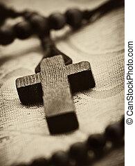 madeira, rosário, crucifixos