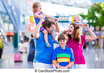 Family with kids at airport - Family traveling with kids....