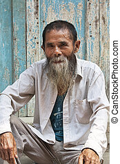 An 80 year old man from the ancient town Daxu - A wonderful...
