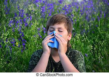 Adolescente, niño, con, alergias, en, florecimiento,...