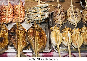 Asiático, grelhados, barbecued, marisco, em, kep, mercado,...