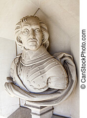 Oliver Cromwell Sculpture in London - A sculpture of famous...