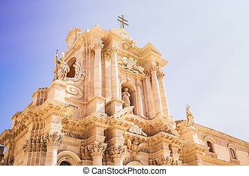 Siracusa cathedral on sunny day