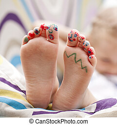 Painted childrens fingers feet - Body part, Painted...