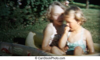 (8mm Vintage) 1954 Girls Playing - Original vintage 8mm home...