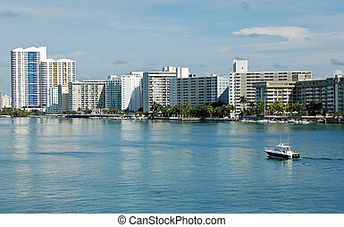 Miami Beach Scenic - Miami Beach condo and apartment rental...