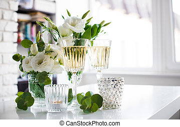 summer party decor - Two glasses of champagne and white...