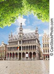 Maison du Roi, Brussels - Maison du Roi and Grand Plac at...