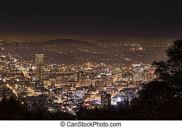 Evening Cityscape of Portland Oregon, USA - View of...