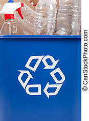 Recycle can with recyclables