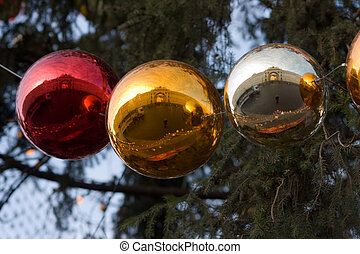 Christmas in St-Petersburg - Reflections of the Winter...