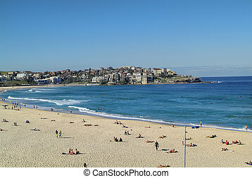Australia, Sydney - Sydney, Australia - people on Bondi...