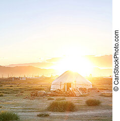 Mongolin yurt - Traditional mongolian yurt in the sunet