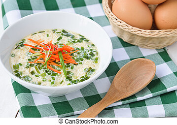 vapor, huevos, en, Un, taza, con, verde, cebollas, y,...