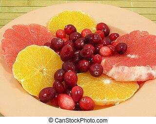 citrus fruits and cranberries