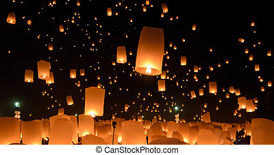 Sky lanterns festival or Yi Peng festival - Floating...