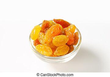 Sultana raisins in a small glass bowl