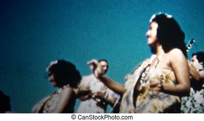 (8mm Vintage) 1955 Hawaiian Hula