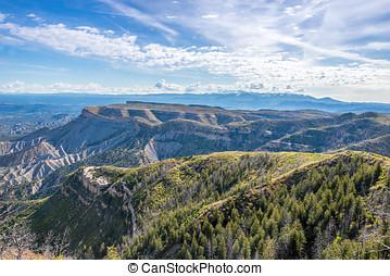 Montezuma Valley in Mesa Verde NP - Montezuma Valley in Mesa...