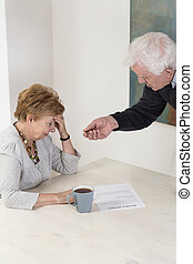 Deciding to divorce - Persuading wife to put a signature on...