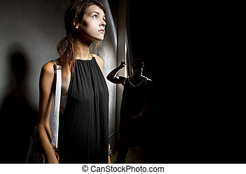 Oscuridad, mujer, callejón, peligro