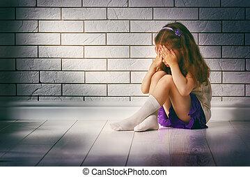 afraid - the little girl is afraid