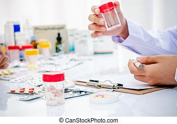 medicin, behållare, holdingen, läkare