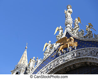 Golden Lion of Saint Mark Cathedral in Venice
