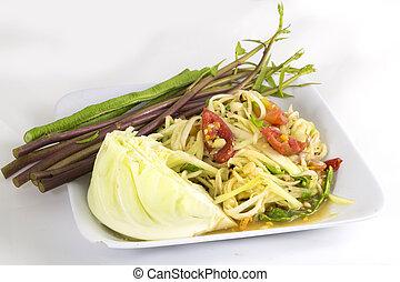 Som tam (Thai papaya salad) recipe