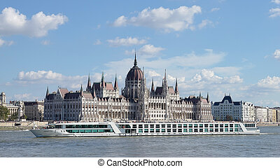River cruise along the Danube River in Budapest