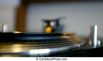Turntable With Spinning Vinyl - Vinyl Turntable Record...