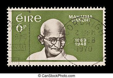 mahatma gandhi - EIRE/IRELAND: postage stamp celebrating the...