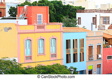 Traditional houses in Santa Cruz de Tenerife - Colorful...