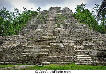 Maya, templo