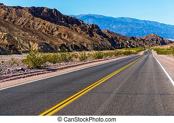 California Desert Highway - Southern California Desert...