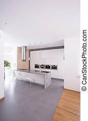 Simply kitchen design idea - Vertical view of simply kitchen...