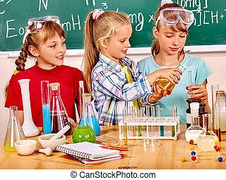 criança, em, Química, class.,