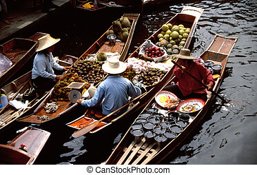 Floating markets of Damnoen Saduak - The floating markets of...