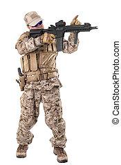 soldado, en, uniforme, listo, a, pelea,