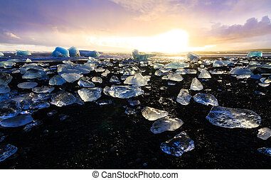 Black ice beach - Beautiful beached chunks of ice at the...