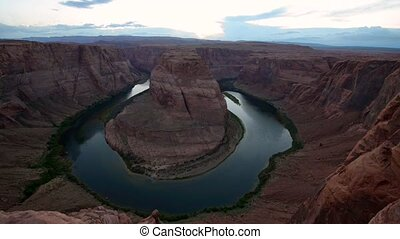 Horseshoe Bend pan right - Horseshoe Bend meander of the...