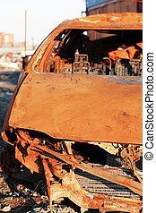 Auto, rostiges, zerstört
