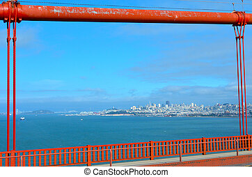 Golden Gate Bridge in San Francisco - CA - SAN FRANCISCO -...