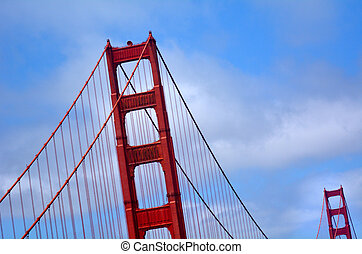 Art Deco architectural elements of the Golden Gate Bridge -...